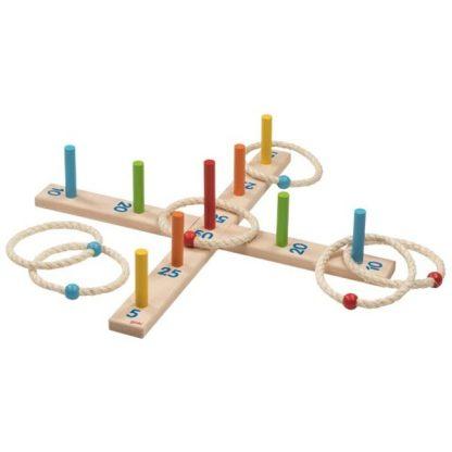 Ringwurfspiel aus Holz mit sechs Sisalringen
